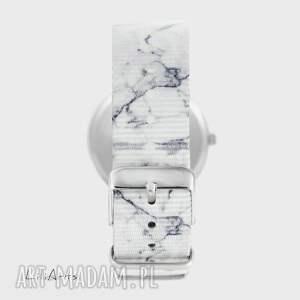 zegarki zegarek - biały wilk - marmurkowy