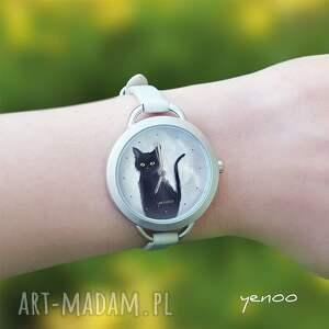 szare zegarki bransoletka zegarek, czarny kot