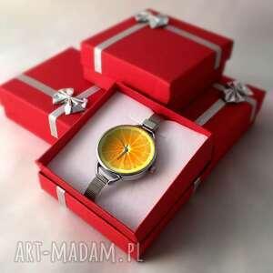 pomarańczowe zegarki zegarek pomarańcza z dużą tarczką