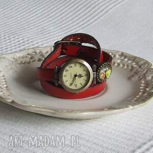 malowanaskrzynia zegarki: Zegarek Vintage z Grafiką Skórzany Czerwony - stary