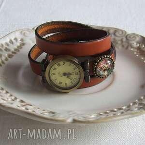 nietypowe zegarki zegarek vintage z grafiką skórzany