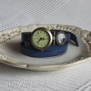 malowanaskrzynia zegarki: Zegarek Vintage z Grafiką Skórzany Chabrowy biżuteria