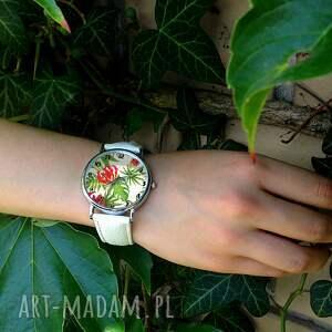 nietypowe zegarki zegarek z dużą tarczą tropikalne