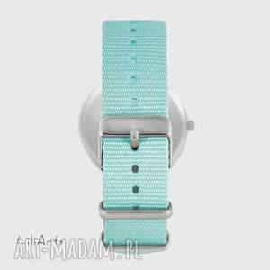 niepowtarzalne zegarki zegarek - zając - niebieski,