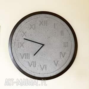 hand made zegary designerski handmade zegar z betonu szary