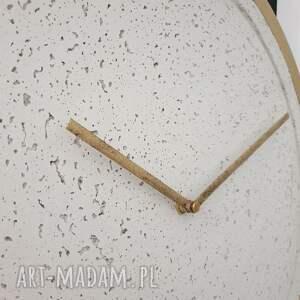 unikalne zegary zegar betonowy mini groove biały