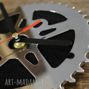 frapujące zegary zegar black