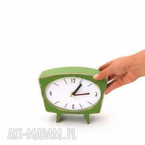 upominek zegar drewniany sixty zielony