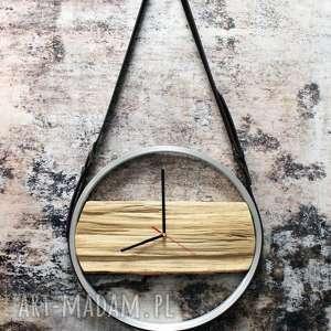 gustowne zegary drewniany zegar na skórzanych pasach