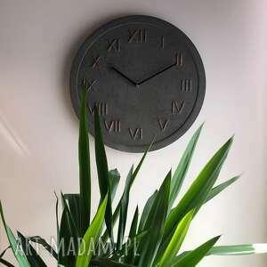 zegary: Zegar Ścienny Betonowy Handmade z Betonu Antracyt Miedziany Modny na Prezent biurowy