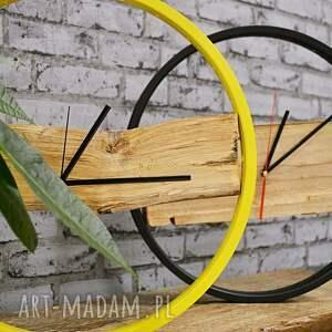 ciekawe zegary rowerzysta zegar wood yellow
