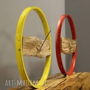 nietuzinkowe zegary nowoczesny zegar wood yellow