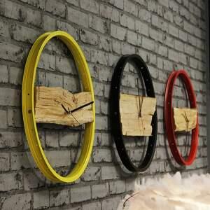 loft zegary zegar wood red