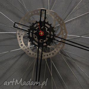 zegary industrialny zegar z koła blackout