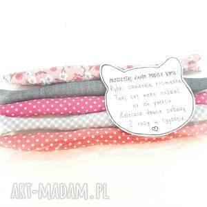 różowe zwierzaki zabawka szprotki z kocimiętką kota